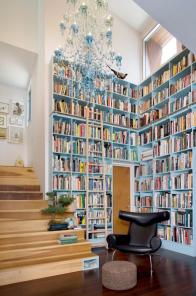 large-library-design-in-house-with-reading-nooks