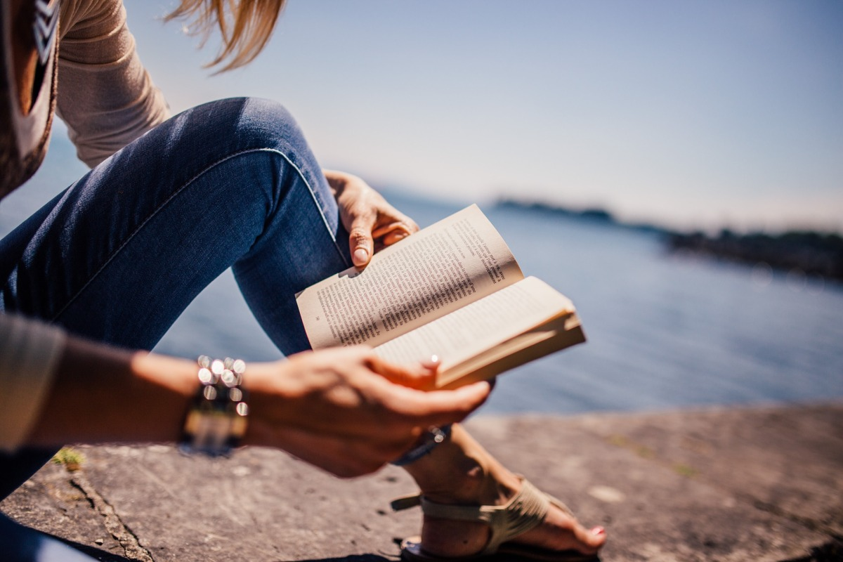 15 Books You Can Read in Under 1 Hour