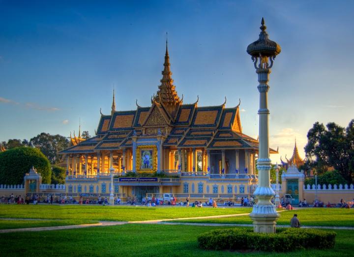 Royal-Palace-2.jpg